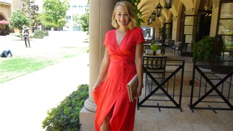 5 Do's And Don'ts Of Wedding Guest Attire