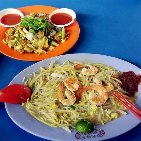 As further motivation, i've compiled a list of the top 10 tastiest hawker dishes at boon lay place food village worth travelling to the west for. 10 Boon Lay Food That Makes Taking The MRT Until Your Butt ...