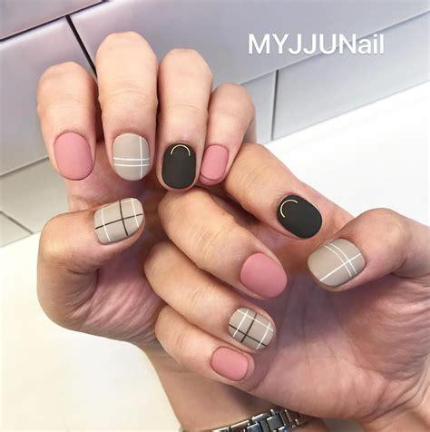Atrévete a llevar diseños de uñas que están marcando tendencia en el 2020 ¡echa un vistazo y seguro que más de una te va a encantar! 12 Diseños creativos para uñas que jamás pasarán de moda