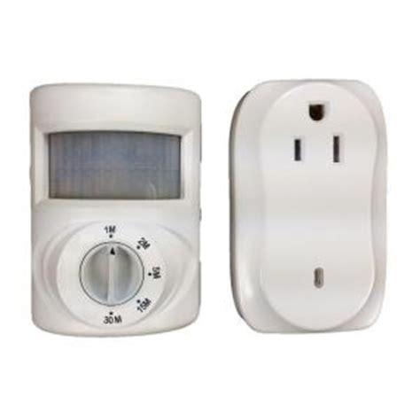 defiant wireless indoor motion activated light ez