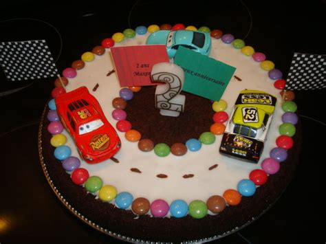 anniversaire24 gateau anniversaire cars facile