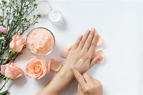 Neutrogena's $18 anti-aging Rapid Wrinkle Repair Cream is