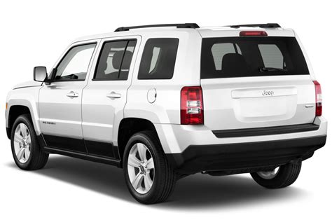 jeep patriot back 2014 jeep patriot reviews and rating motor trend