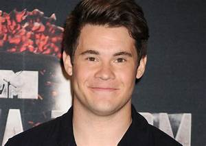 Adam Devine weight, height and age. Body measurements!