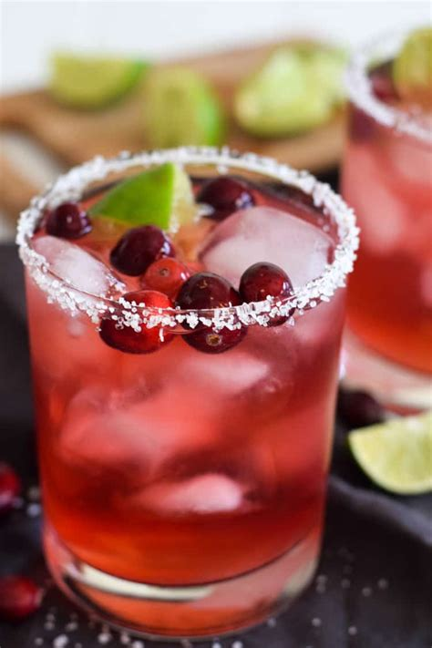 People are still drinking cosmo's. 11 Christmas Cocktails That Will Get The Party Started - The Savvy Couple
