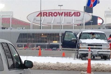 colts chiefs weather update   snow arrowhead pride