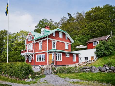 Scandinavian home has paid advertising banners and product affiliate links, which means i earn a very small amount of money if you click through and buy an item. Scandinavian house - Just3Ds