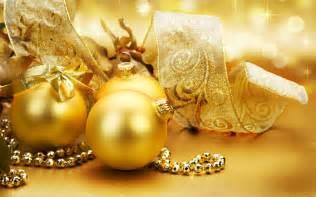golden christmas ornaments christmas wallpaper 22229806 fanpop
