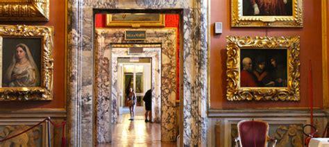Ingresso Palazzo Pitti - galleria palatina firenze tour con guida privata italy