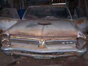 Barn Finds Muscle Cars