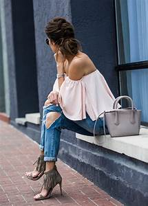 Off-The-Shoulder-Outfits-13 | DESTINY Magazine
