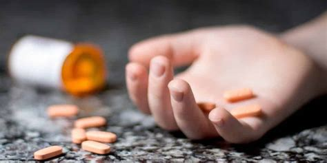 top drugs teens overdose   recovery village