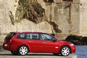 Megane 2008 : renault megane estate specs 2006 2007 2008 2009 autoevolution ~ Gottalentnigeria.com Avis de Voitures