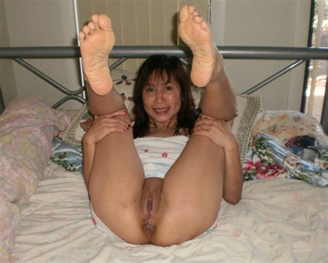 Mature Asian Women Spreading Their Pussies Part New Foldersexyasianmilfshavedpussy