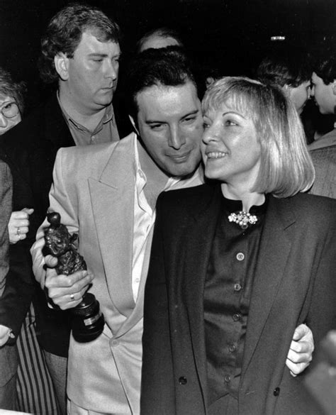 Mar 08, 2021 · freddie mercury's girlfriend mary austin celebrates her 70th birthday this weekend but does she still live in the queen star's house? Freddie Mercury & Mary Austin   Mercury   Pinterest