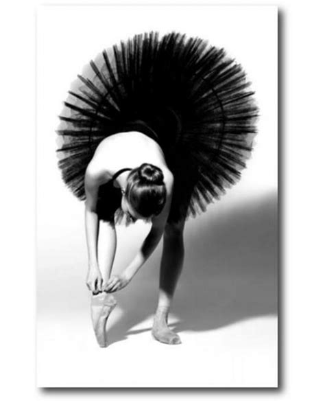 alinea chambre toile danseuse en noir et blanc tableau paillette de