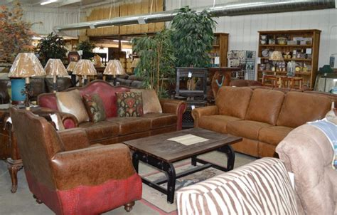 happy trails rustic western furniture living room hall