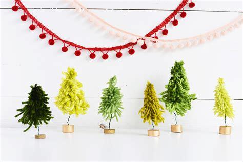 diy mini yarn christmas trees