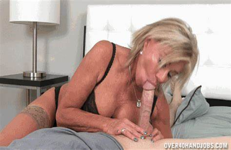 Interracial Grey Haired Taking Jizz Shot After Bei