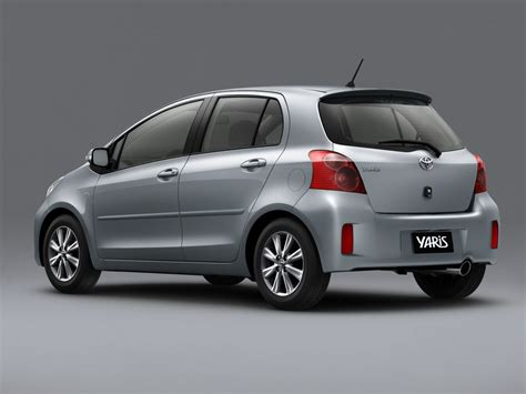 toyota mtr toyota motor philippines launches 2012 yaris and land