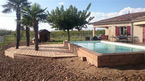 prix piscine semi enterree bois pourquoi choisir une piscine semi enterr 233 e upgo