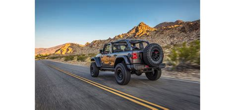 Time to buy the gladiator w/ the 392 like the one from cars & bids. 2021 Gladiator 392 V8 - 2021 Jeep Wrangler Rubicon 392: A ...