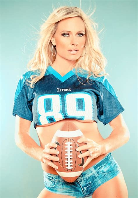 beauty babes nfl football babes  jerseys caps
