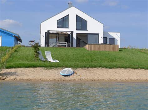 Haus Am See Mit Privatstrand 1 Fewodirekt