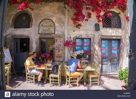 Griechische Tavernen Möbel by Griechische Stockfotos Griechische Bilder Alamy