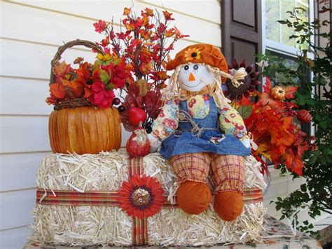 Outdoor Fall Party Decorating Ideas