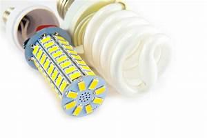 Vergleich Led Glühbirne : leds und energiesparlampen im vergleich lampe magazin ~ Buech-reservation.com Haus und Dekorationen