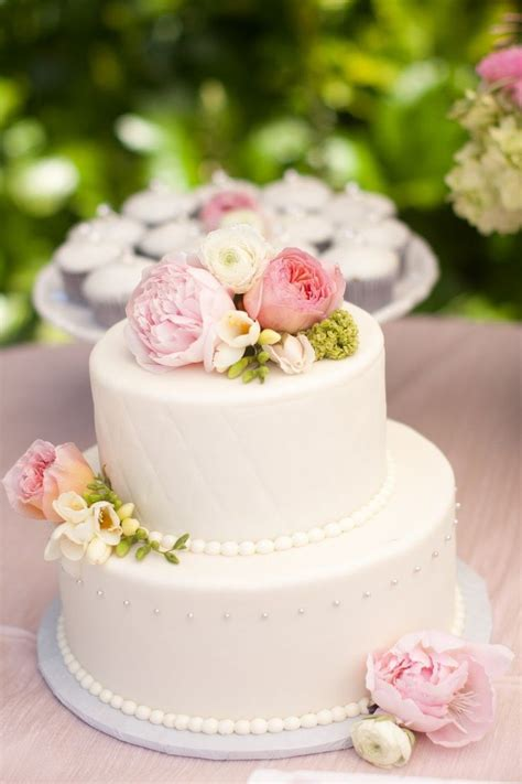The 25 Best 2 Tier Wedding Cakes Ideas On Pinterest 8