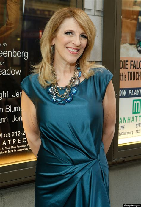 comedian lisa lampanelli loses  pounds im officially