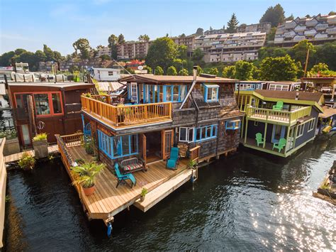 Houseboats For Sale Seattle Area by Seattle Afloat Seattle Houseboats Floating Homes Live