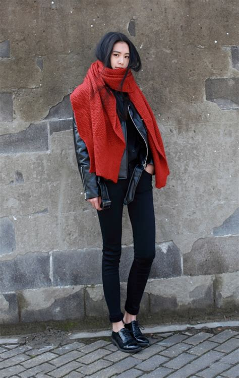 The Oversized SCARF Trend Alert | Fashion Tag Blog