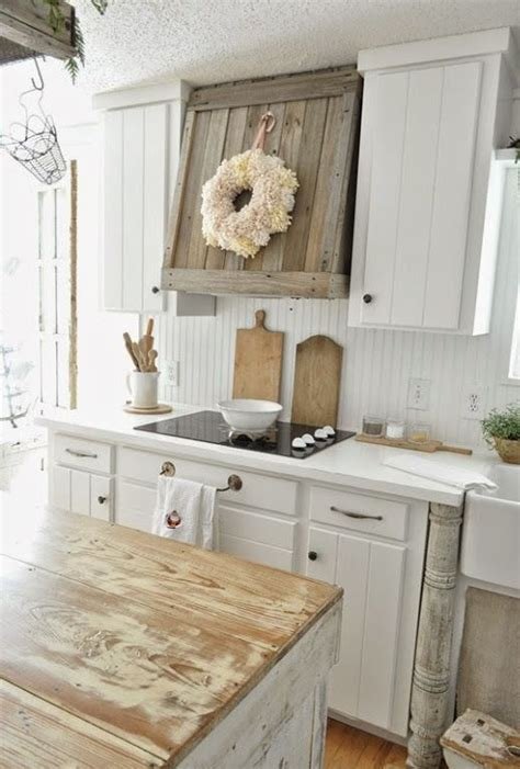 kitchen cabinets in white 25 best ideas about shabby chic kitchen on 6155
