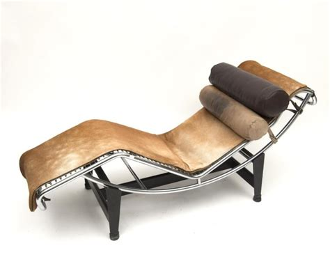 chaise longue le corbusier vache le corbusier perriand chaise longue lc4