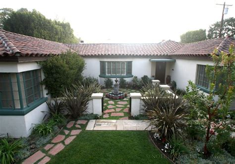 spanish style courtyards ideas house plans