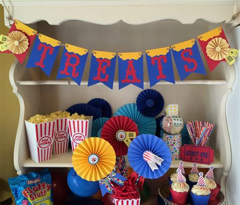 circus party decorations  carnival  circus themed