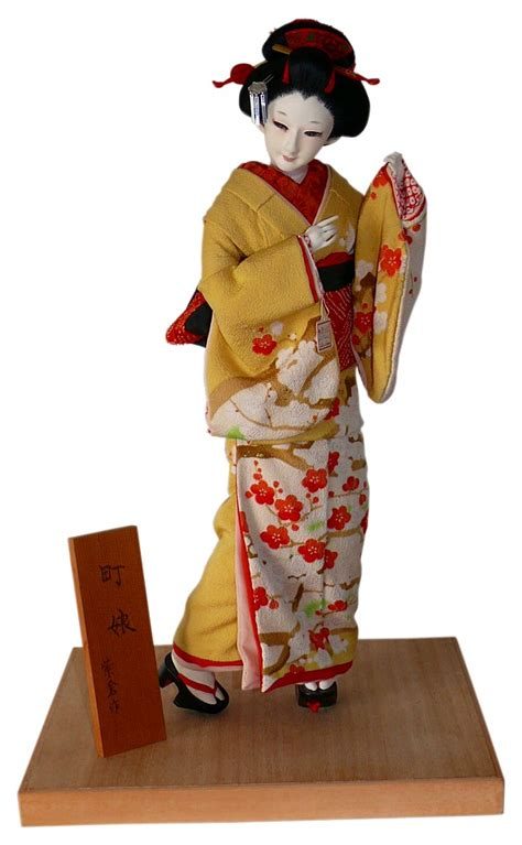 japanese antique silk face doll   young townswoman