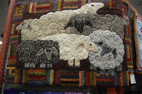 rug hooking patterns rug hooking shows a daily dose of fiber