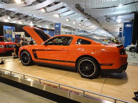 Image Gallery 2006 Mustang Orange