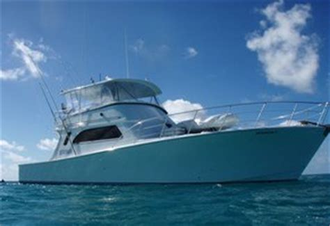 Moana Boat With Light by Moana Iii Fishing Charters Cairns Charter Boat