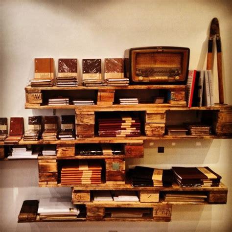 meuble palette bois meubles en palettes le bois recyclable pour votre confort