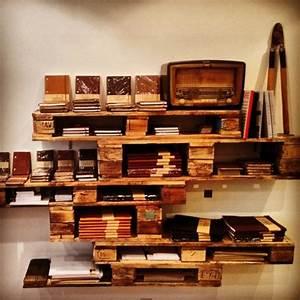 Meuble Bibliothèque Bois : meubles en palettes le bois recyclable pour votre confort ~ Teatrodelosmanantiales.com Idées de Décoration