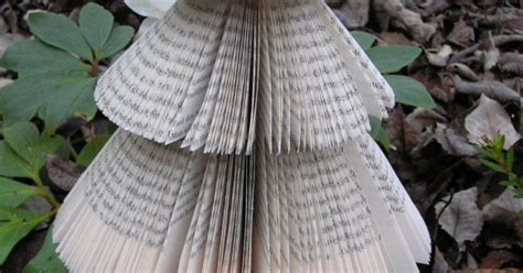 le aus alten holzbalken fliegenpilzle tannenbaum aus alten b 252 chern