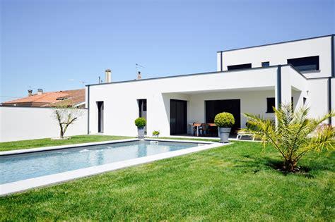 nos chambres en ville lyon maison contemporaine avec piscine agence ea bordeaux