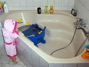 Baignoire Bébé Grand Format : et sa f e des etincelles le r ducteur de baignoire l ~ Premium-room.com Idées de Décoration