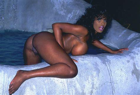 Barocca Boobs - Sex Porn Images