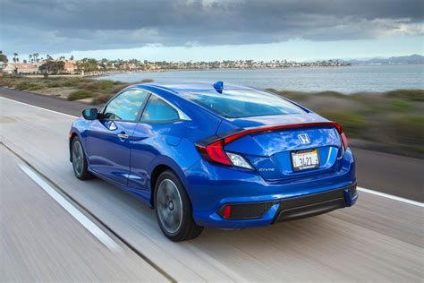 honda civic 2017 coupe 2017 honda civic coupe overview the news wheel